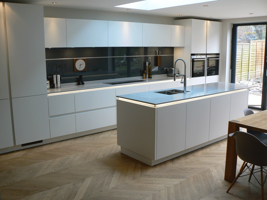 Recent projects true handleless Kitchen profile glass design